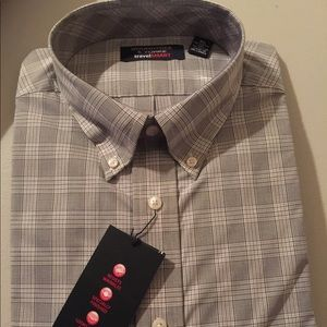 RoundTree & Yorke Men's Dress Shirt